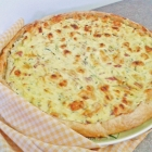 Torta salata con ricotta, zucchine, prosciutto e provolone