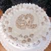 Torta di compleanno al cioccolato [senza latte]