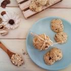 Biscotti con fiocchi d'avena, cocco e cioccolato