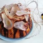 Bundt cake allo yogurt con pere, cioccolato e chips di pere